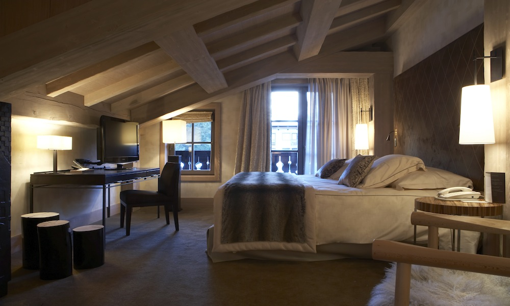 cheval blanc courchevel 1850 5 kaluma travel. Black Bedroom Furniture Sets. Home Design Ideas