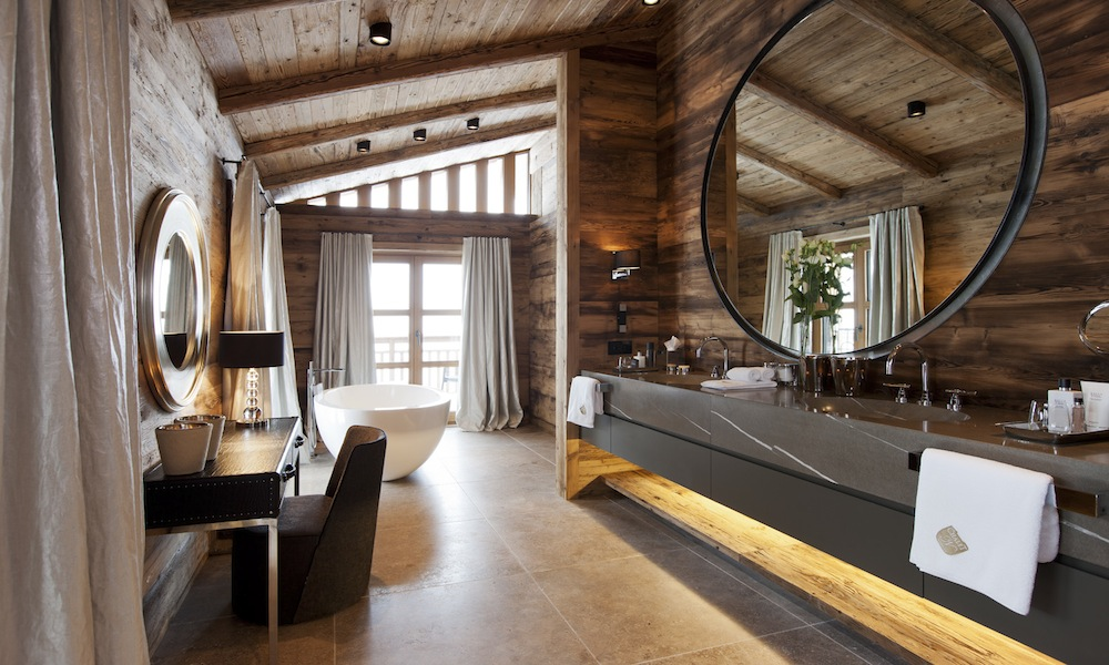 Chalet n oberlech ultimate luxury chalet kaluma travel for Decoration interieur chalet montagne