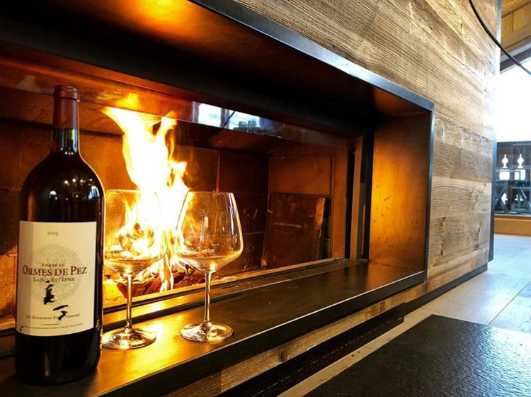 Gourmet chalet food - Wine by the fire