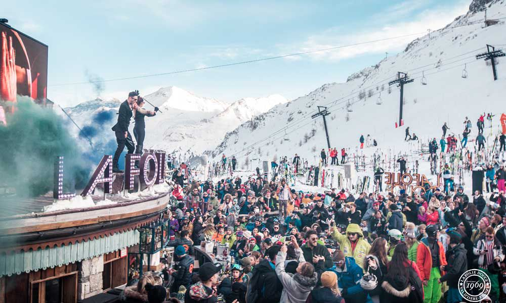 apres drinks at the Folie Douce