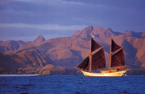 Luxury Liveaboard Dive Experience