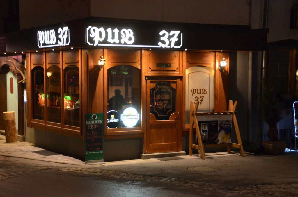 pub 37 st anton