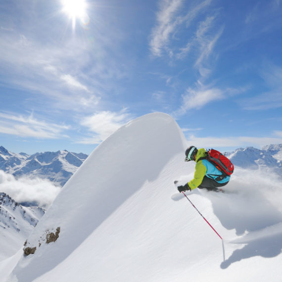 Ski in luxury ski holiday - Kaluma Travel